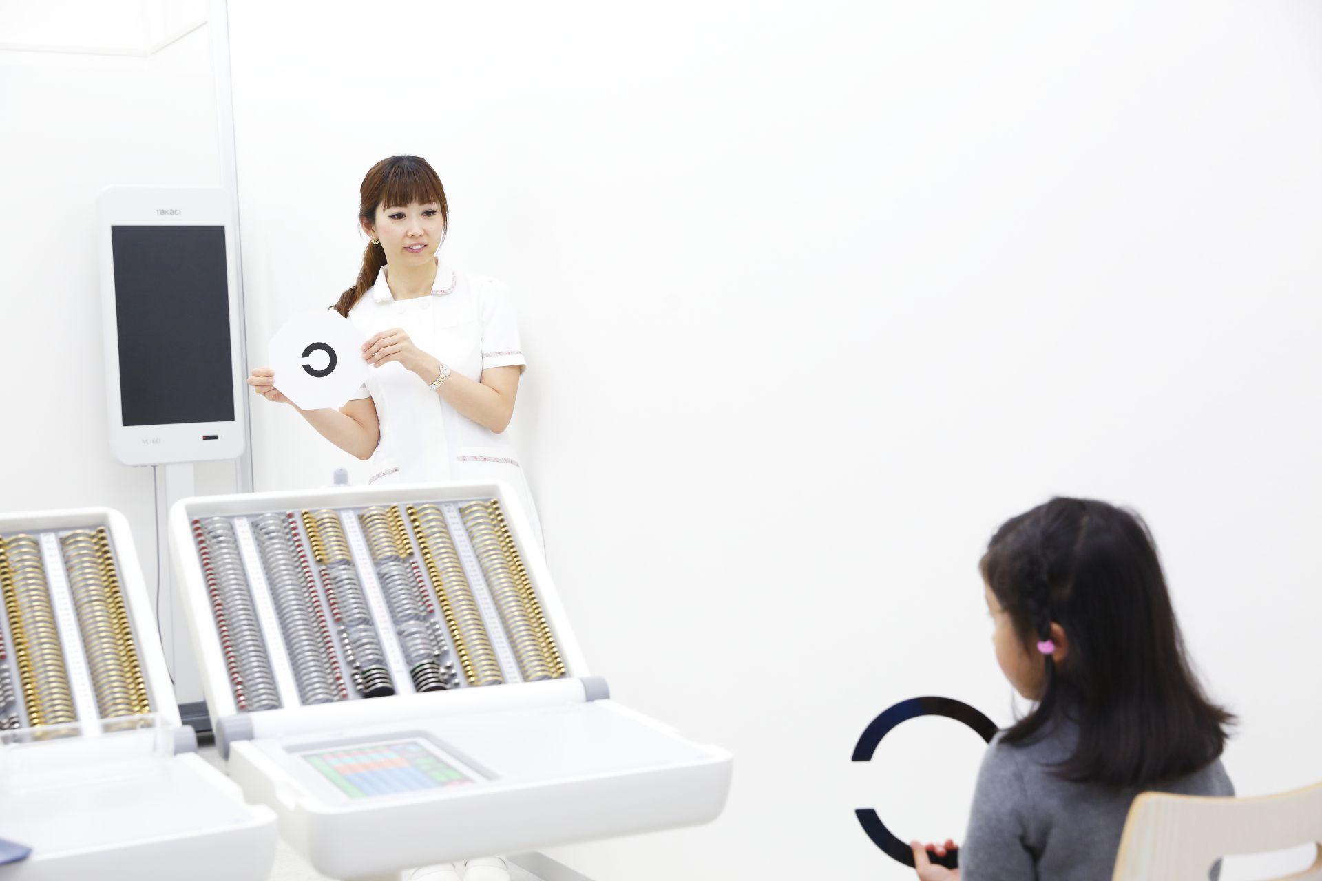 子どもの視力検査